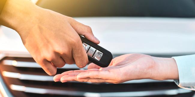 Peut-on assurer son véhicule pour n'importe quel conducteur (famille, amis, etc.) ?