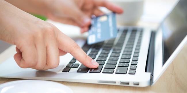 Banque en ligne : avantages et inconvénients. Faut-il passer le pas ?
