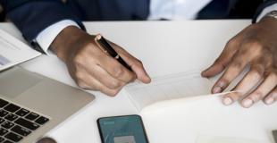 Chèque de banque : quelle différence avec un chèque classique ? Quand et comment l'utiliser ?