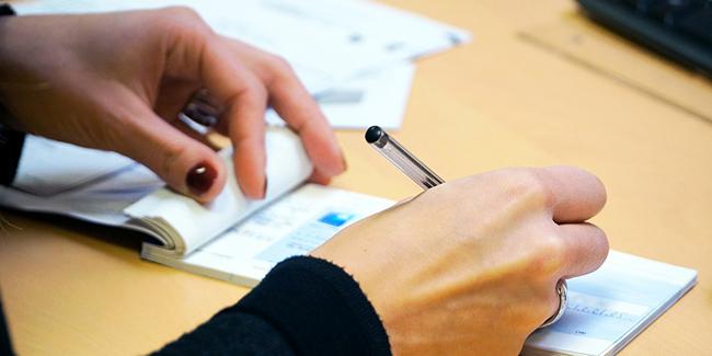 Chèque certifié : qu'est-ce que c'est ? Quelle différence avec un chèque de banque ?