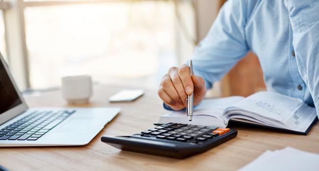Conseils pour bien gérer ses finances avec Assurément Finance