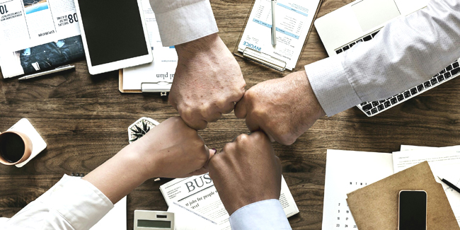 Comparateurs Assurances Professionnelles avec Assurément Finance !